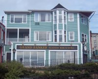 Store front for Grand Banker Seafood Bar & Grill
